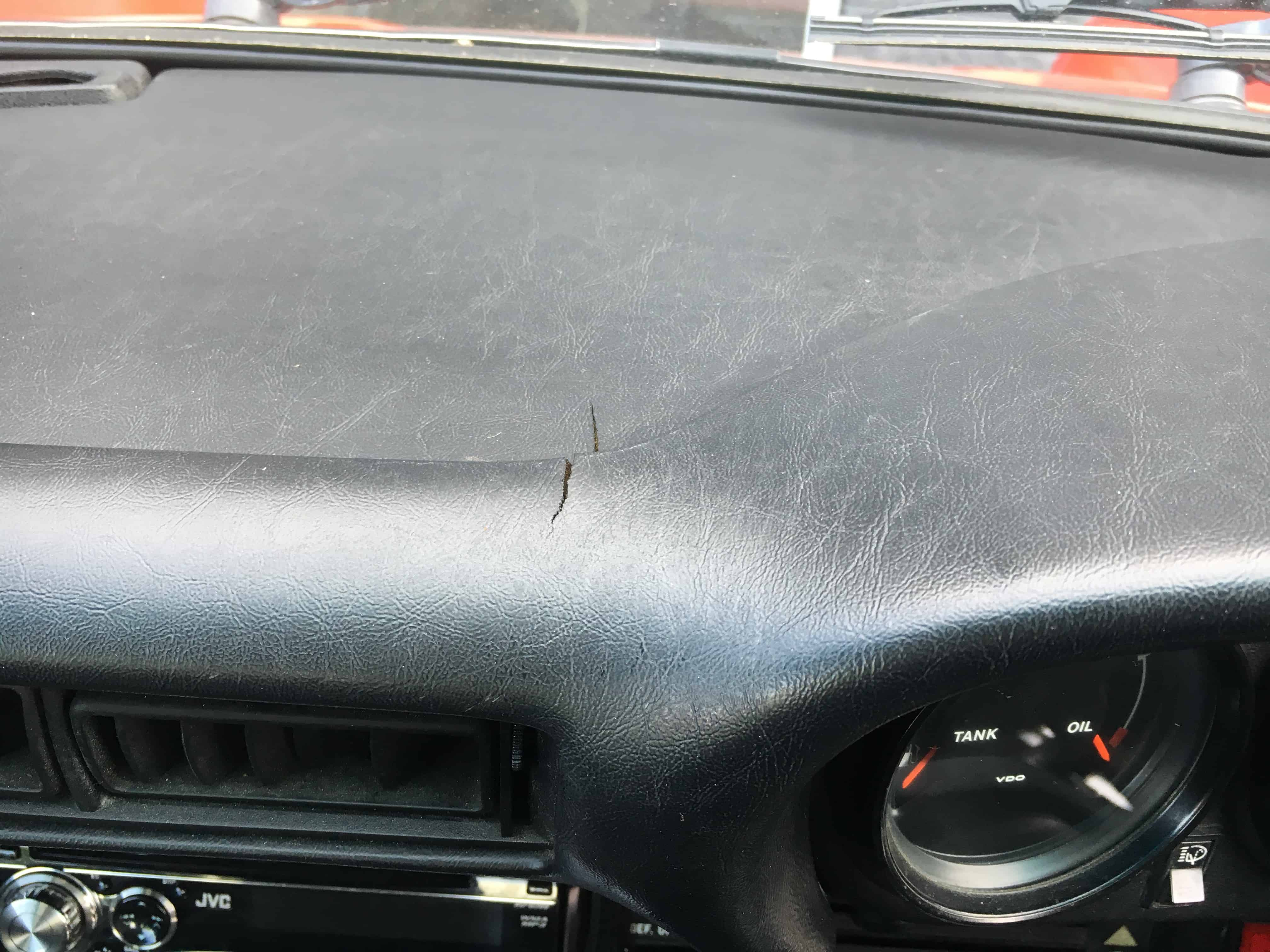 Cracked Dashboard Repaired With Vinyl Welding Nineauto